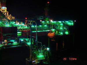 groene verlichting boorplatform